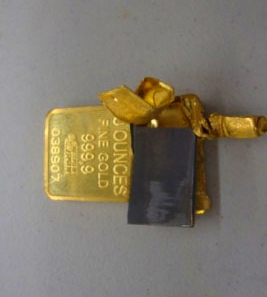falschgold-wolframgold-wolframbarren-gefaelschter-goldbarren